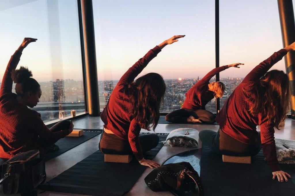 Yoga avec vue merci ritualscosmetics