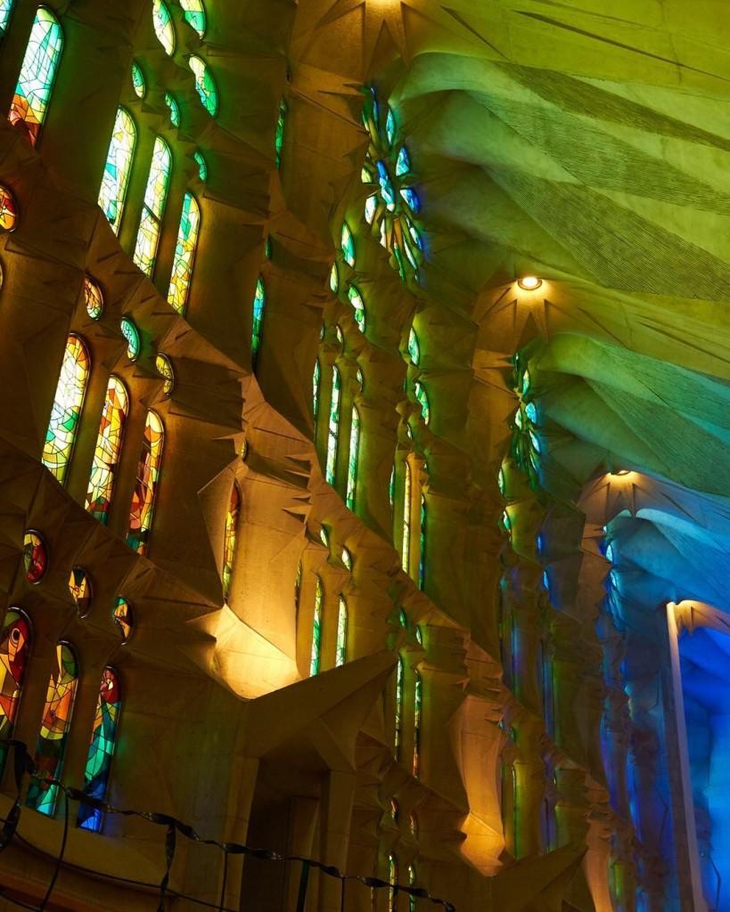 Les couleurs de la basilicasagradafamilia